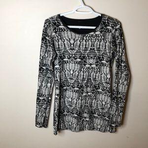 Lululemon reversible long sleeve shirt size 10
